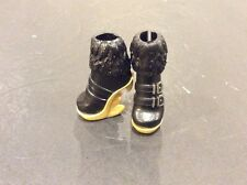 Monster High Sweet 1600 Clawdeen Wolf BLACK GOLD TEETH BOOTS Shoes Birthday