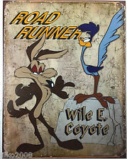 ROADRUNNER/WILE E COYOTE/ LOONEY TUNES;ANTIQUE-STYLE METAL WALL SIGN 40X30 CM
