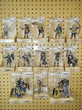 SCHLEICH WORLD OF KNIGHTS 13 COAT OF ARMS FIGURE LOT *NEW*