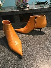 Auth Vicini Golden Mustard Tan Pointy Booties Kitten Heel 37