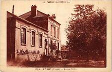CPA   Paysage d'Automne - Paron (Yonne) - Mairie -Écoles     (358372)