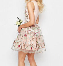Chi-Chi London Petite Allover Premium Embroidered Mini Prom Sz 8 RRP -£80.00 (G8