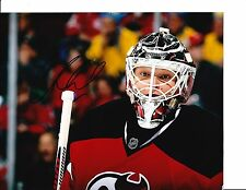 NEW JERSEY DEVILS CORY SCHNEIDER SIGNED CLOSE UP 8X10