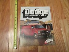 1978 Dodge Vans for Work or Play Sales Brochure Automobile Car