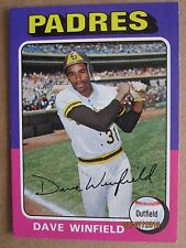 1975 TOPPS BASEBALL CARD #61 SAN DIEGO PADRES DAVE WINFIELD