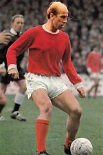 Football Photo BOBBY CHARLTON Man Utd 1969-70