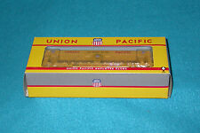Union Pacific RR Employee Clubs 50' Double Deck Auto-Loader Car Rare Athearn HO