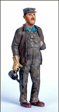 ENGINEER WITH OIL CAN Large Scale G F 1:20.3 Model Railroad Ptd Figure FGGLR01