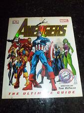 AVENGERS - The Ultimate Guide Comic Book  - Date 2005 - UK ScI-Fi Book