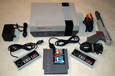 Nintendo NES System Complete Super Mario Duck Hunt Games Grey Zapper Gun