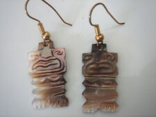 BOUCLE D'OREILLE ETHNIQUE NACRE VERITABLE VINTAGE 70 NEUF/CARVED ABALONE EARRING