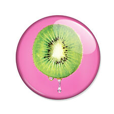 Badge KIWI dégoulinant acidulate green and pink gourmand fresh fruit pins Ø25mm