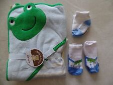 NEW CARTER'S FROG HOODED BATH TOWEL baby 2 PAIR SHOE SANDAL SOCKS boys NEWBORN