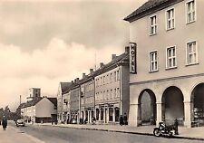 AK Prenzlau Strasse der Republik Hotel Geschäfte Auto Motorrad Echt Foto
