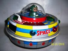 Space Boat ME-780 Vintage tin space toy Battery Excellent high end collectable