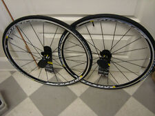 new   Mavic Aksium S Wheelset 700c Clincher Campagnolo 9/10/11  w/ Aksium Tires