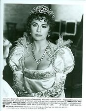 JACQUELINE BISSET BUSTY NAPOLEON AND JOSEPHINE A LOVE STORY 1987 NBC TV PHOTO