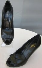 Brooks Brothers Sz 7 Peep Toe Bow Black Leather Grosgrain Trimmed Pumps Heels