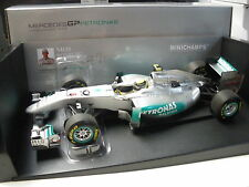 Minichamps 1/18 Mercedes GP Showcar 2011 Nico Rosberg