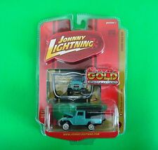 New Johnny Lightning 1980 Toyota Land Cruiser Classic Gold Collection