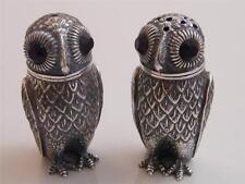 800 OWL SALT & PEPPER SHAKER – GLASS EYES