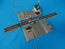 Marklin 7192 Electric Level Crossing with track sections Cobblestone Road