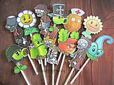 12- PLANTS VS ZOMBIES Cupcake Toppers / Cake Toppers / Birthday Party Decoration