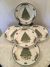 """Vintage Johnson Bros """"Victorian Christmas"""" 5 Dinner Plates. Made In England"""