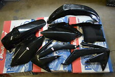 RACE TECH   BLACK PLASTIC KIT HONDA CRF450 CRF450R 2007  SHROUDS  FENDERS