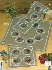 Permin  10-1655  Napperon  Roses et Violettes  Broderie  Point de Croix  Compté