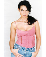 Monica Bellucci 8X10 sexy ittle pink top and jeans