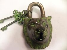 VINTAGE LION LOCK FUNCTIONAL ANTIQUE BRASS PAD LOCK WITH TWO KEYS