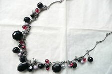 ACCESSORIZE NECKLACE - JET BLACK FACETED BEADS & SMALL RED & PURPLE BEADS - NEW