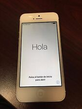 Apple iPhone 5 - 16GB - White & Silver (AT&T) Smartphone (MD635LL/A)