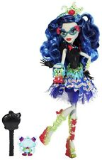 Monster High DULCES SUSTOS! Ghoulia Yelps muñeca