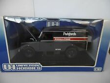 UNIVERSAL HOBBIES 1:18 LAND ROVER SERIE III - 109 HARD TOP PICKFORDS MODEL BOXED
