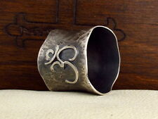 MySacrum  OM SILVER RING - HAMMERED - YOGA