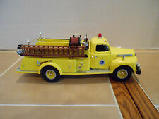 First Gear New York State Thruway 1951 Ford F-7 fire tk.1:34 scale,MIB,# 19-1905
