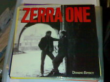 "7"" PS ZERRA ONE 2T DOMINO EFFECT (1987)"