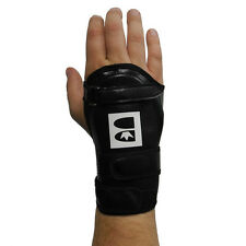 New Brunswick RIGHT Hand Medium Pro Source Deluxe Bowling Wrist Guard band Glove