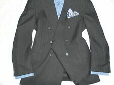 BURBERRYS VTGE Men's Gray Striped Peaked Lapel 6X1 DB 100% Wool Suit- 44R 37WX32