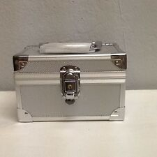 Aluminum Makeup Hard Train Storage Carrying Box Cosmetic Case -New!