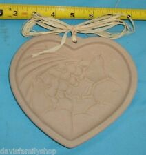 The Pampered Chef Ltd 1995 Heart of Plenty Shortbread Cookie Mold