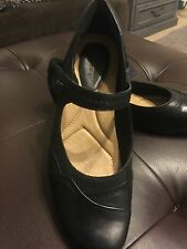 Kalso Earth Black Leather Clover Mary Janes Women's US 11 B Velcro Heels Causal