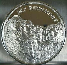 2 oz .999 silver Mount Rushmore high relief Art round 3d American landmark WWII
