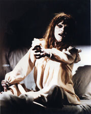 Linda Blair UNSIGNED photo - 1363 - The Exorcist