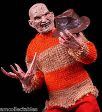 NECA Nightmare on Elm Street clothed Video Game Personaggio-Freddy Krueger