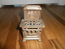 Antique Vintage Cast Iron Royal Toy Stove Dollhouse Miniature