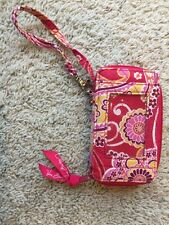 EUC Vera Bradley Very Berry Floral All in One Wristlet-Zip coin/ID/Small Phone