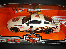 Maisto Ford Mustang GT 2006 Harley Davidson White 1/24